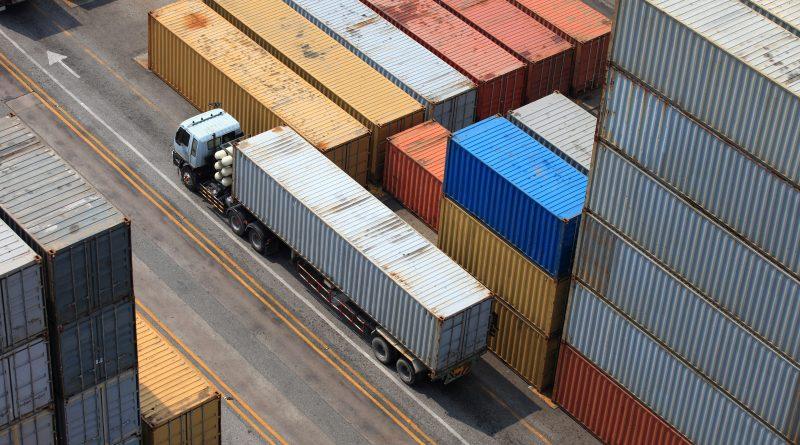Subida en los precios de las importaciones y exportaciones industriales