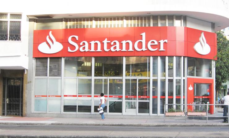 El Santander pierde 10.798 millones de euros tras ajustes en la primera mitad del año