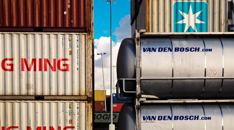 Las exportaciones españolas subieron un 23 %